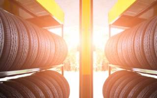 Как правильно хранить шины с дисками