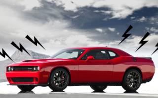 При движении авто издает в моторе непрерывистые звуки
