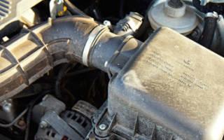 Шевроле нива не заводится двигатель стартер крутит